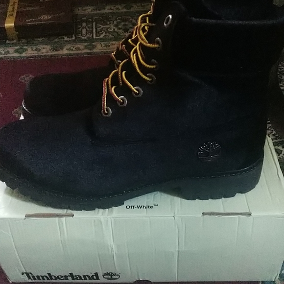 Off white timberland boots